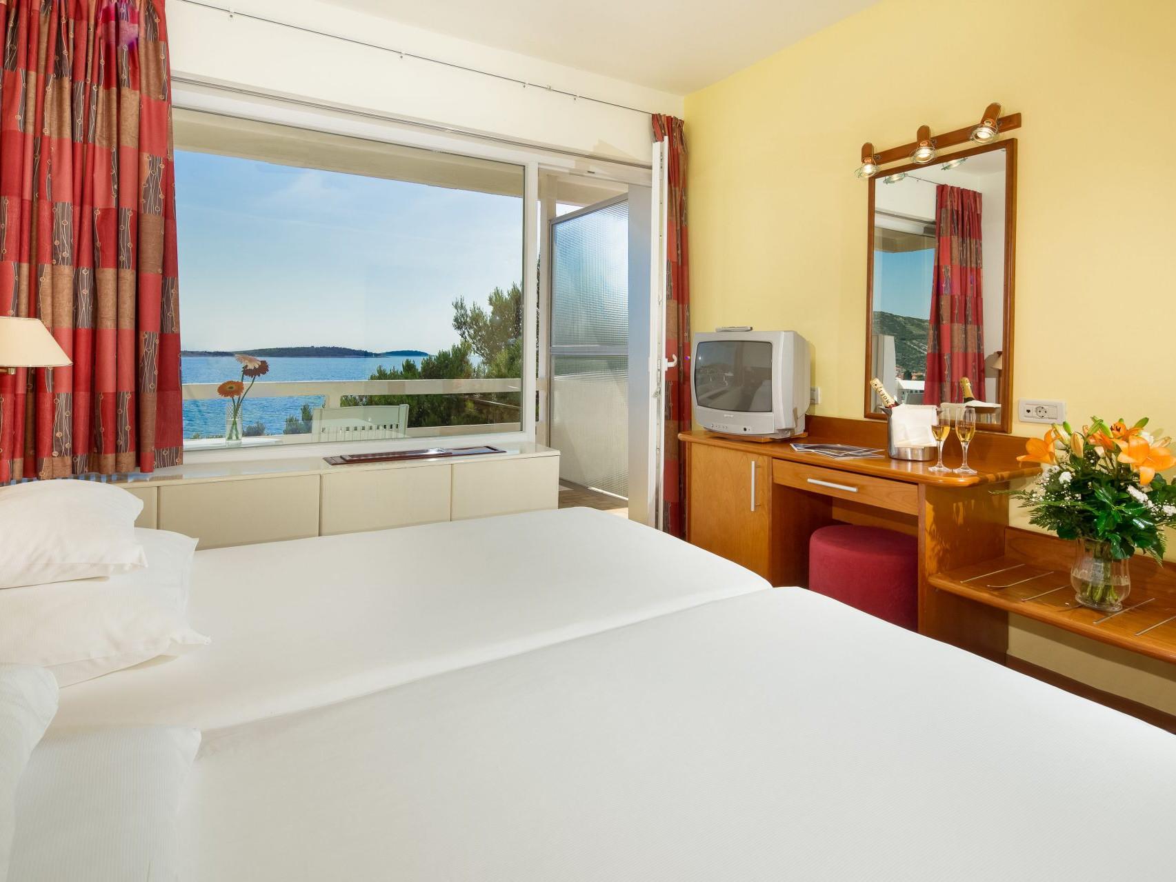comfort family room 03 14822316171 o uai - Zora Hotel