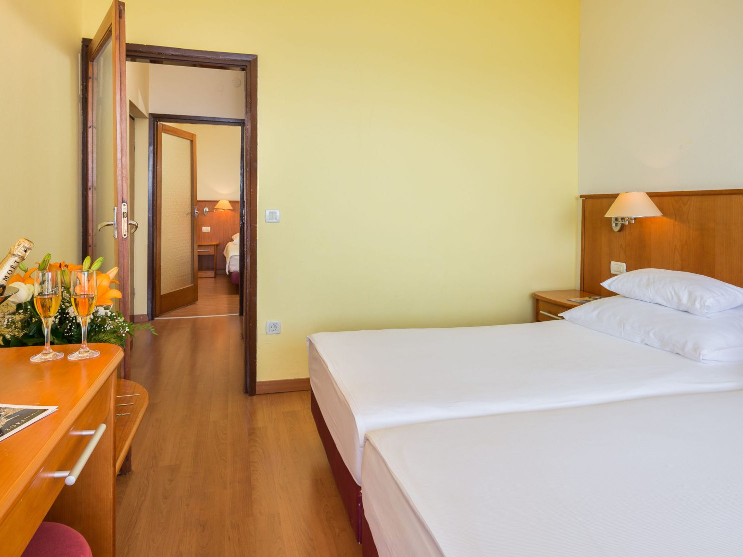 comfort family room 04 14825404595 o uai - Zora Hotel