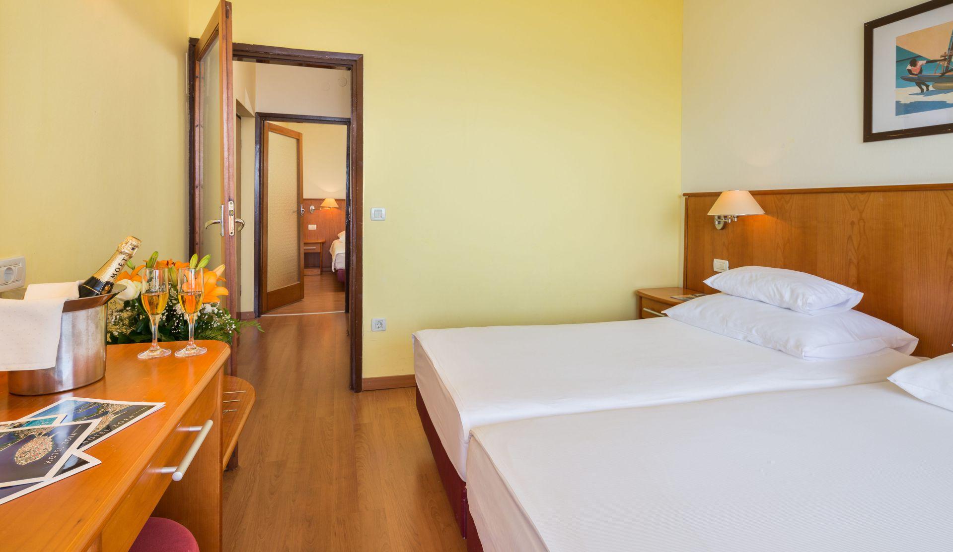comfort family room 04 14825404595 o - Zora Hotel