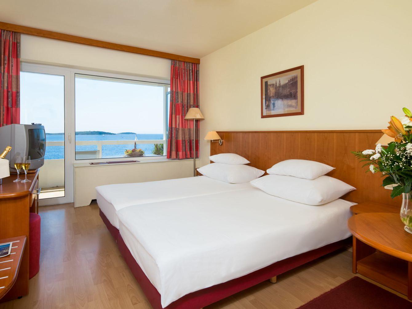 comfort room 01 14638698810 o uai - Zora Hotel
