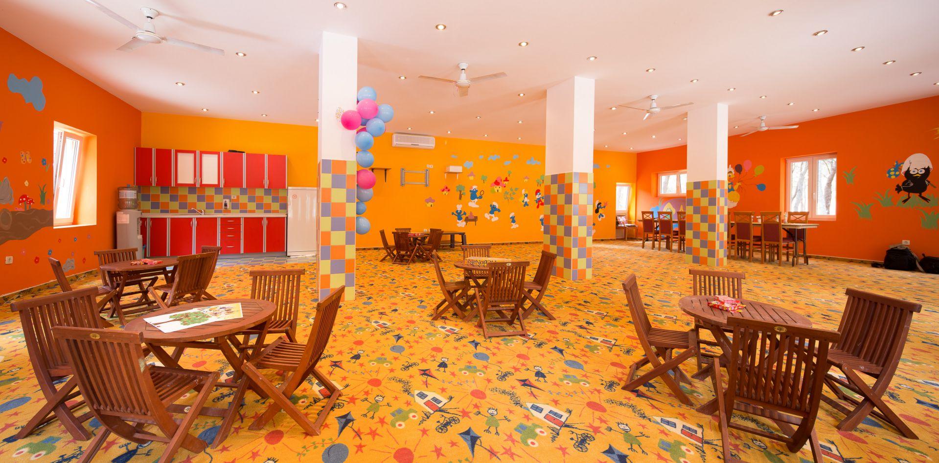 kids club 03 14639380398 o - Zora Hotel