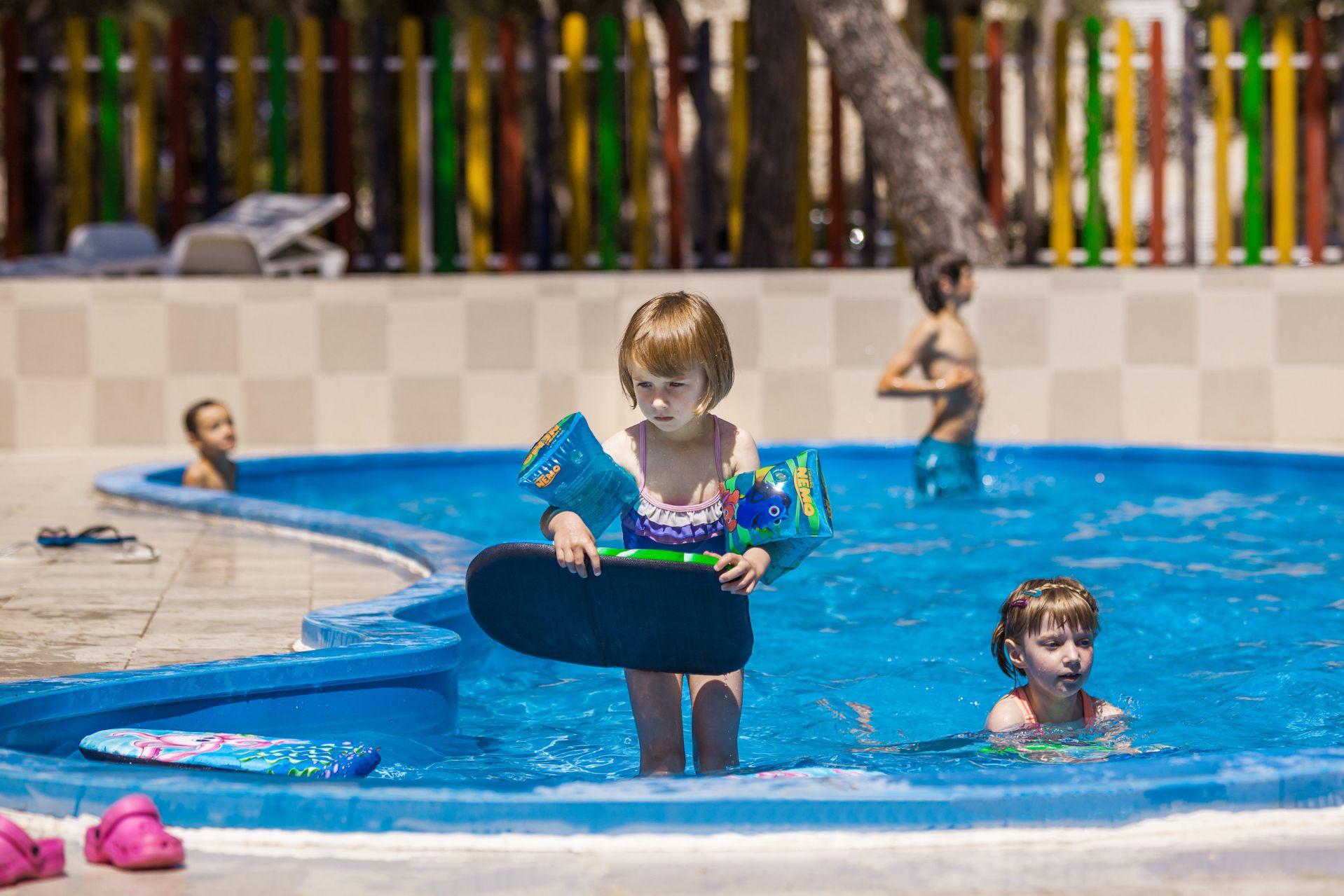 kids club 08 14639348289 o - Zora Hotel