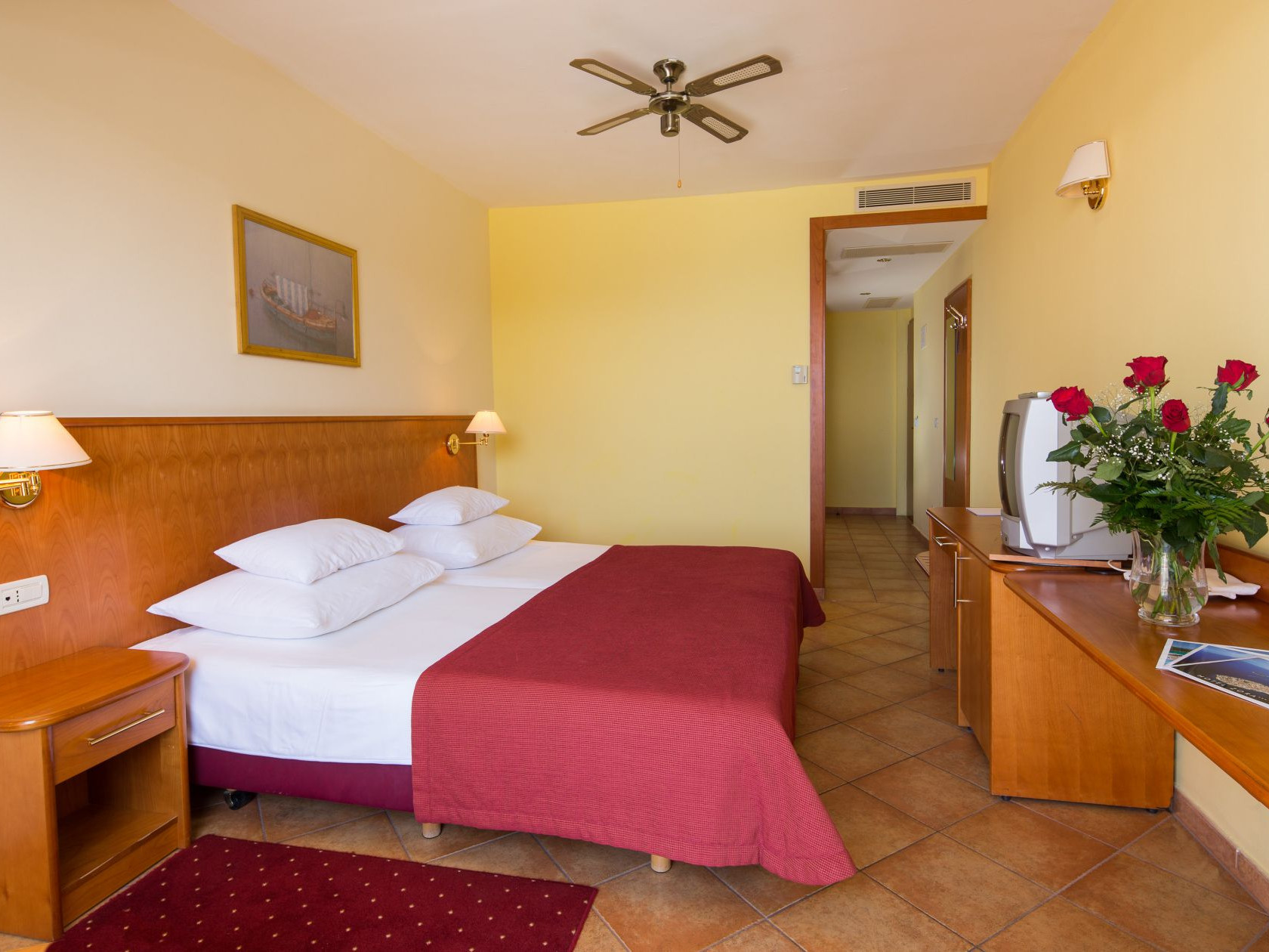 premier club family room 01 14825104552 o uai - Zora Hotel