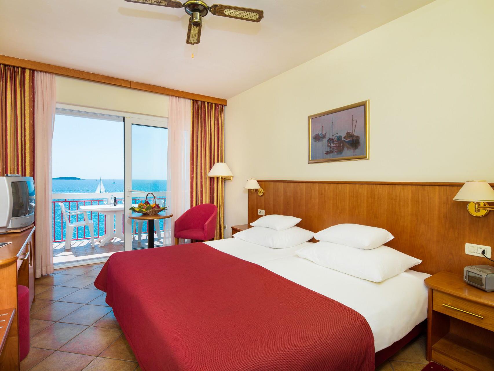 premier club room 02 14823095304 o uai - Zora Hotel