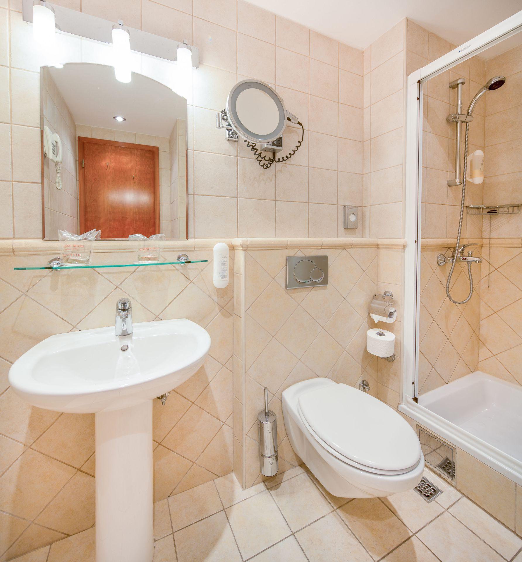 premier club room 04 14638917637 o - Zora Hotel