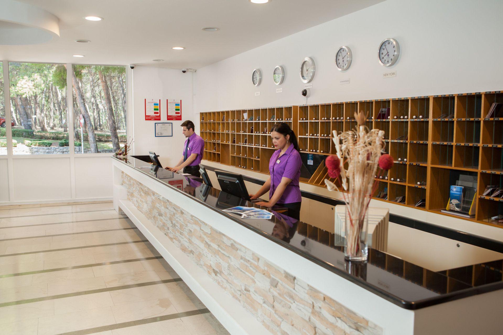 reception 03 14638943767 o - Zora Hotel