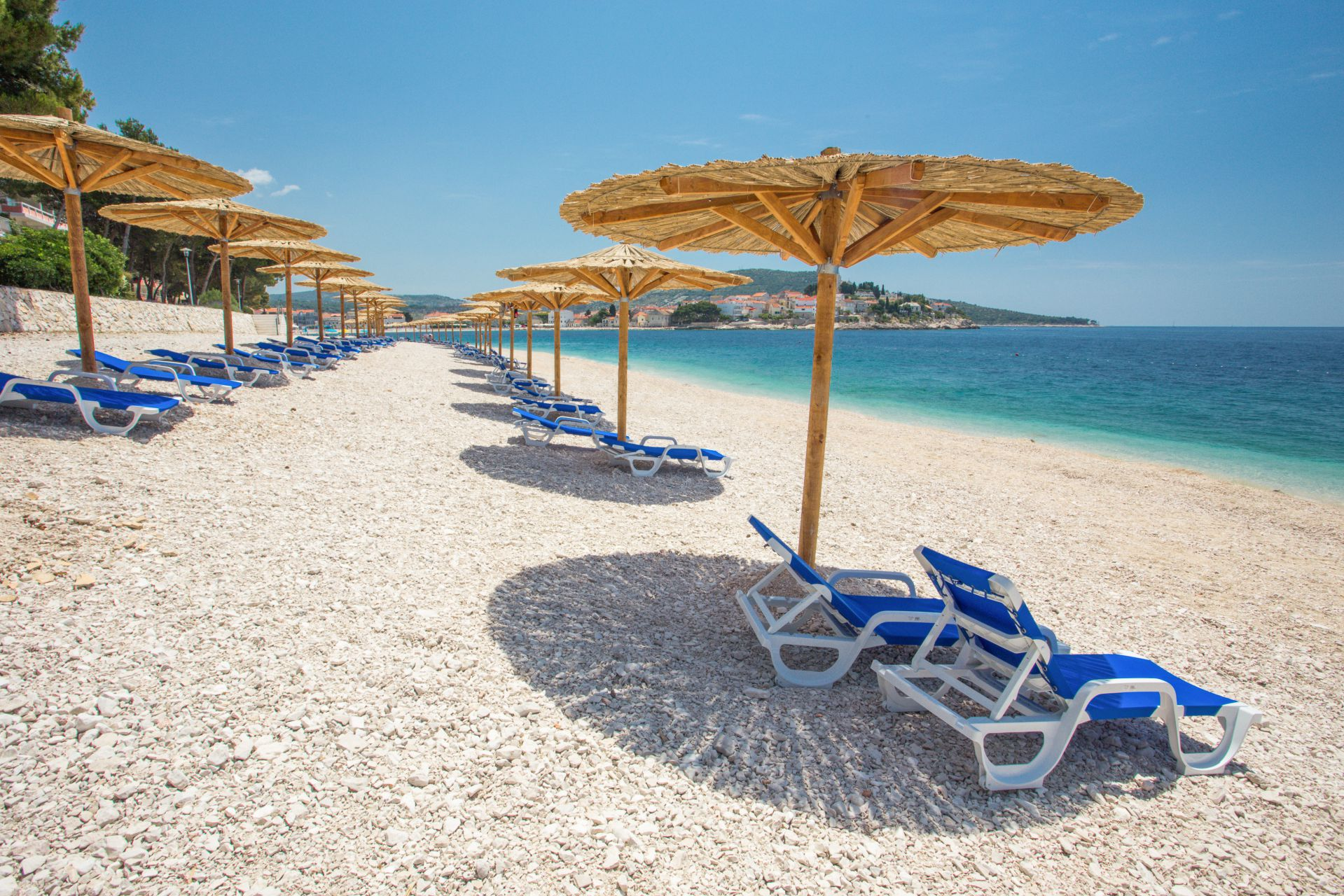 beach 04 14638582198 o - Zora Hotel
