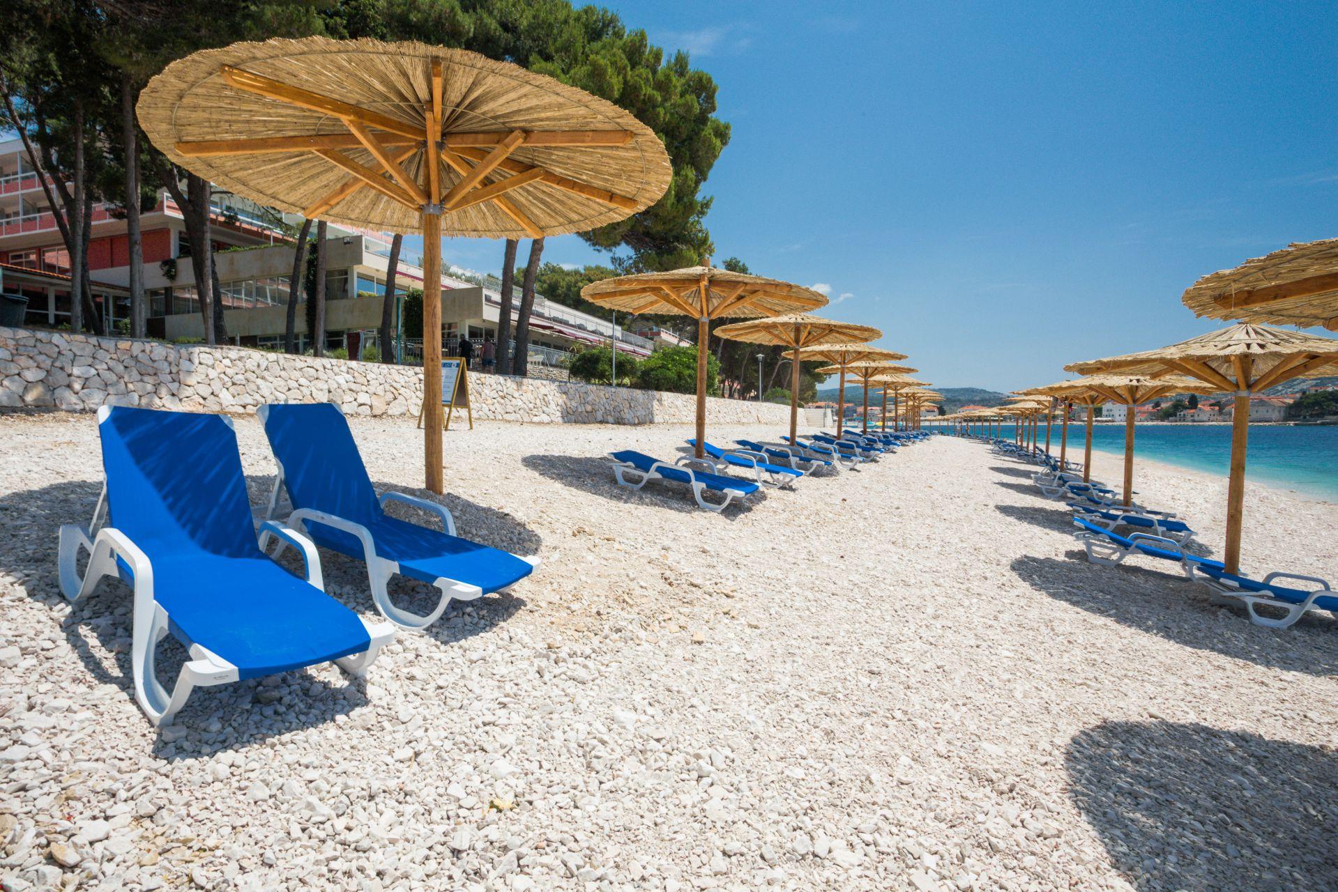 beach 05 14638667827 o - Zora Hotel