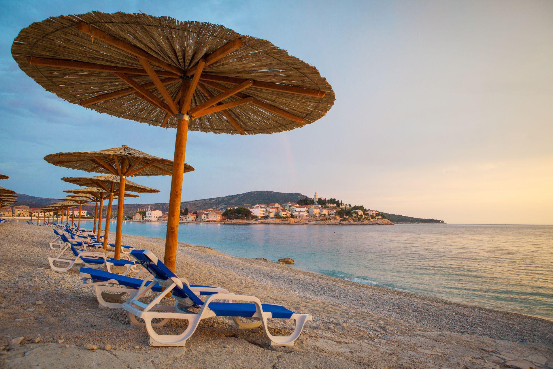 beach 07 14638501600 o - Zora Hotel