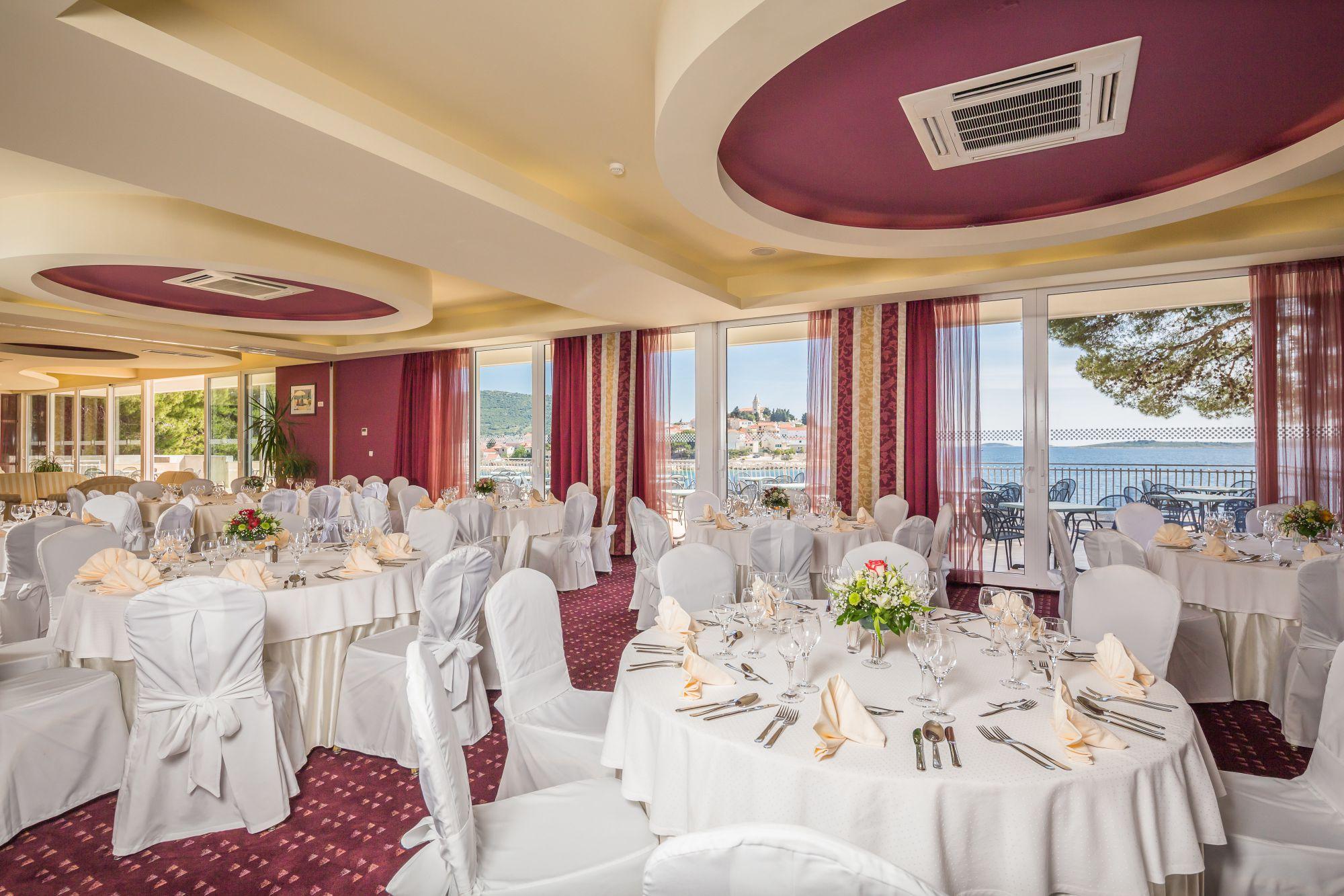 congress center gala dinner 02 14823042351 o - Zora Hotel