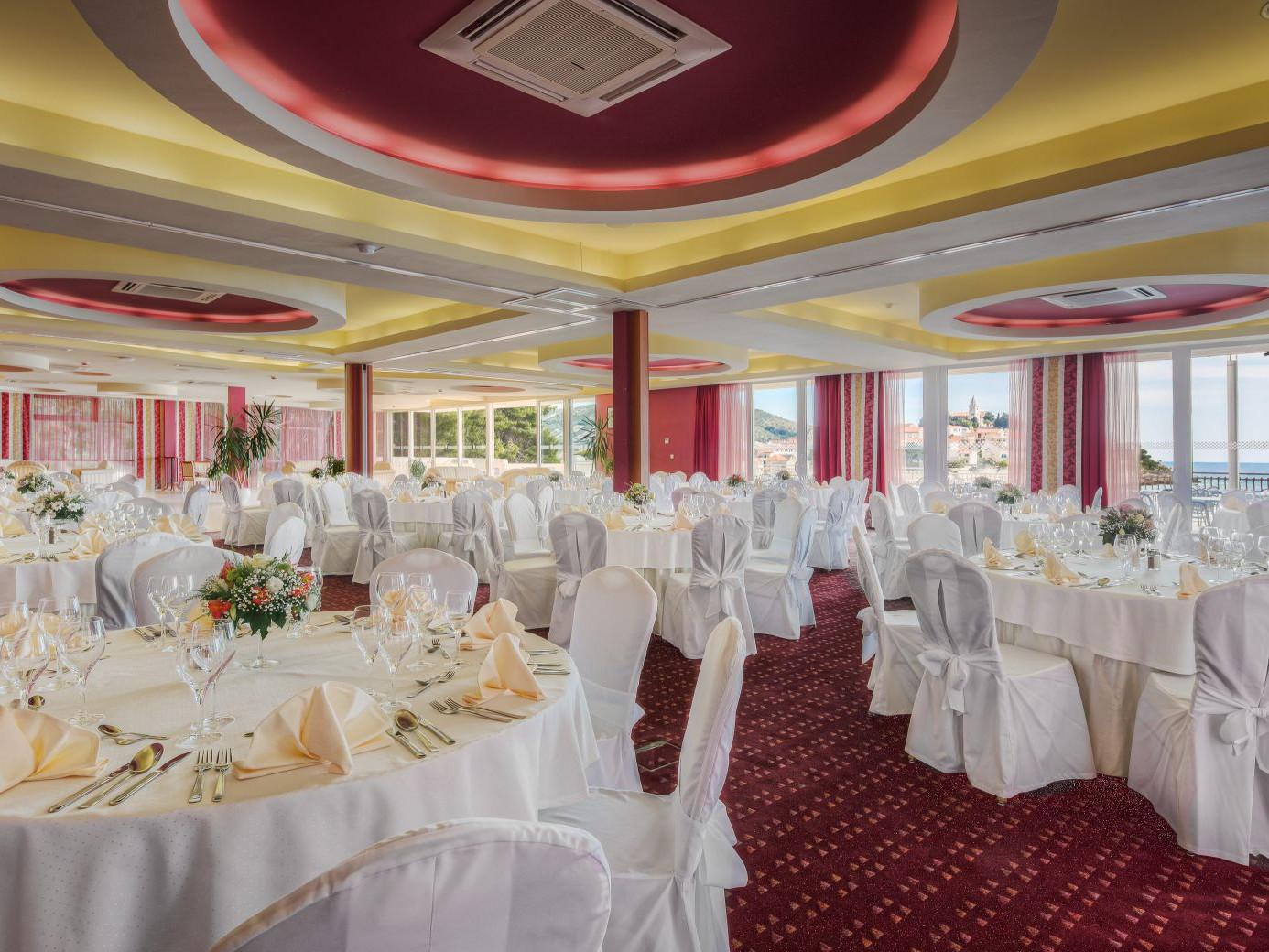 congress center gala dinner 04 14639492418 o uai - Zora Hotel