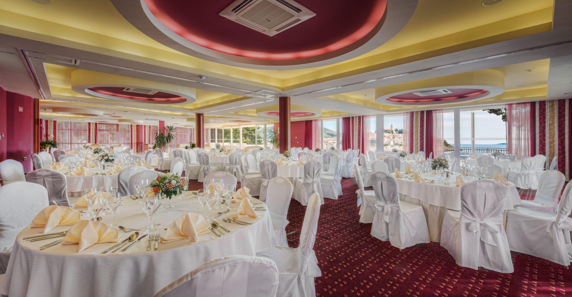 congress center gala dinner 04 14639492418 o - Zora Hotel