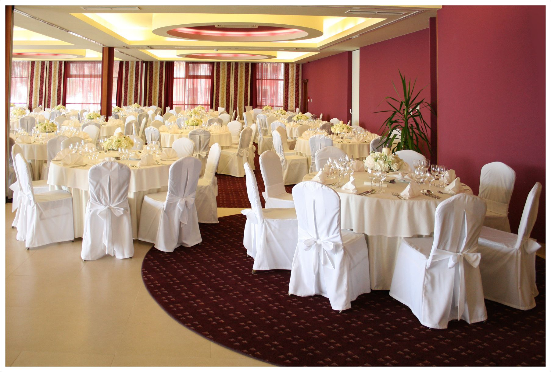 congress center gala dinner 07 14823037101 o - Zora Hotel