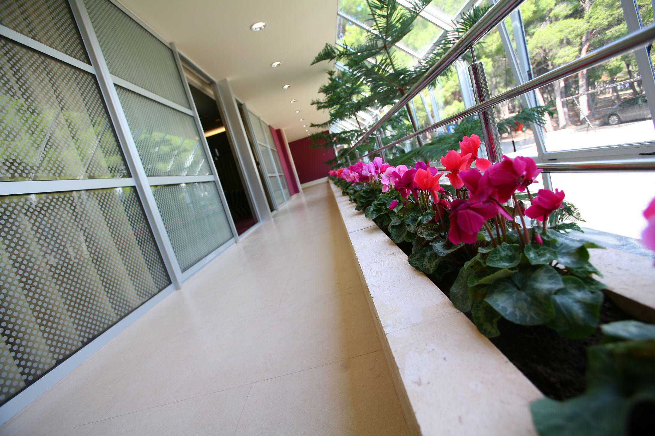 congress center winter garden 01 14823738314 o - Zora Hotel