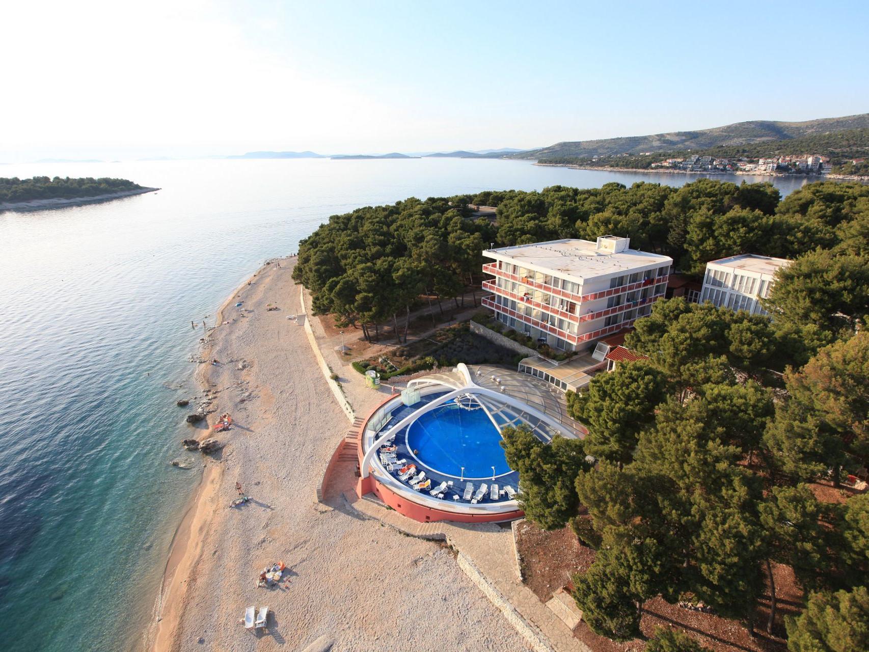 hotel 13 14638860878 o uai - Zora Hotel