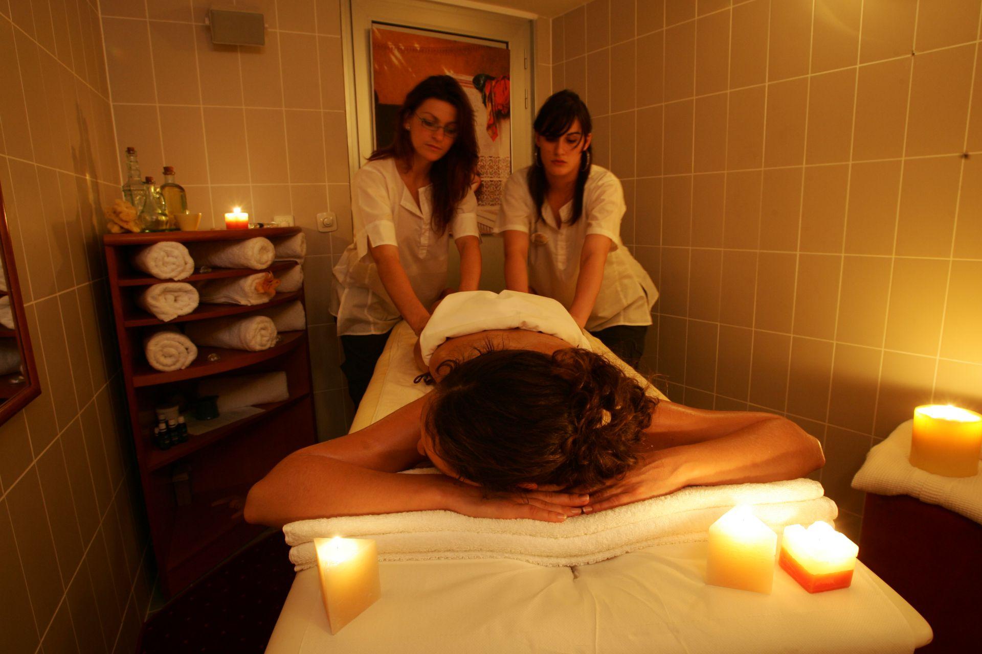massage 02 14639178200 o - Zora Hotel