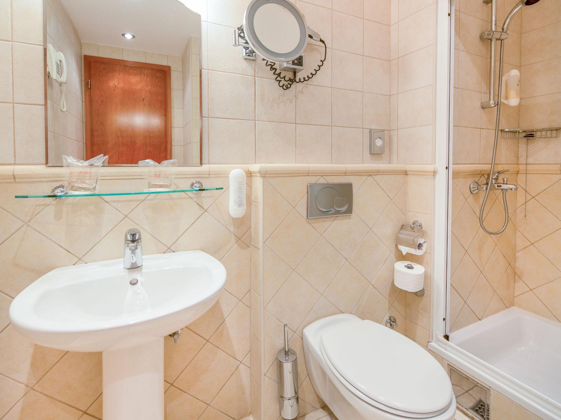 premier club room 04 14638917637 o uai - Zora Hotel