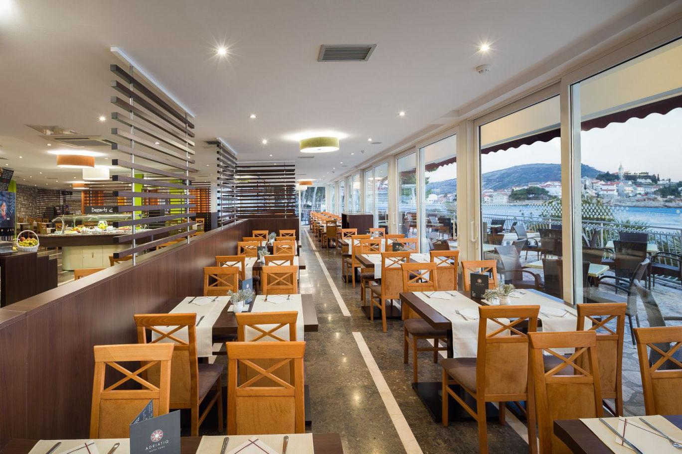 restaurant 23 16904142431 o uai - Zora Hotel