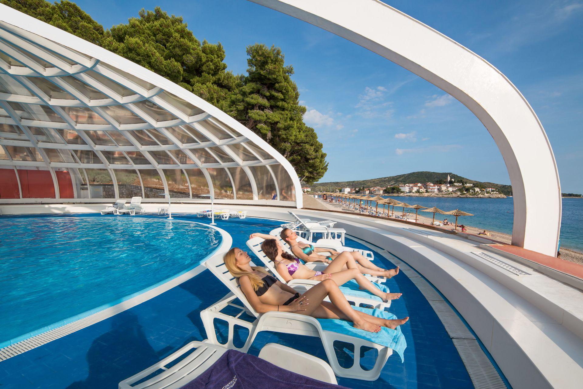 swimming pool 08 14845706093 o - Zora Hotel
