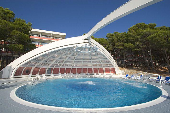 swimming pool 11 14639205229 o - Zora Hotel