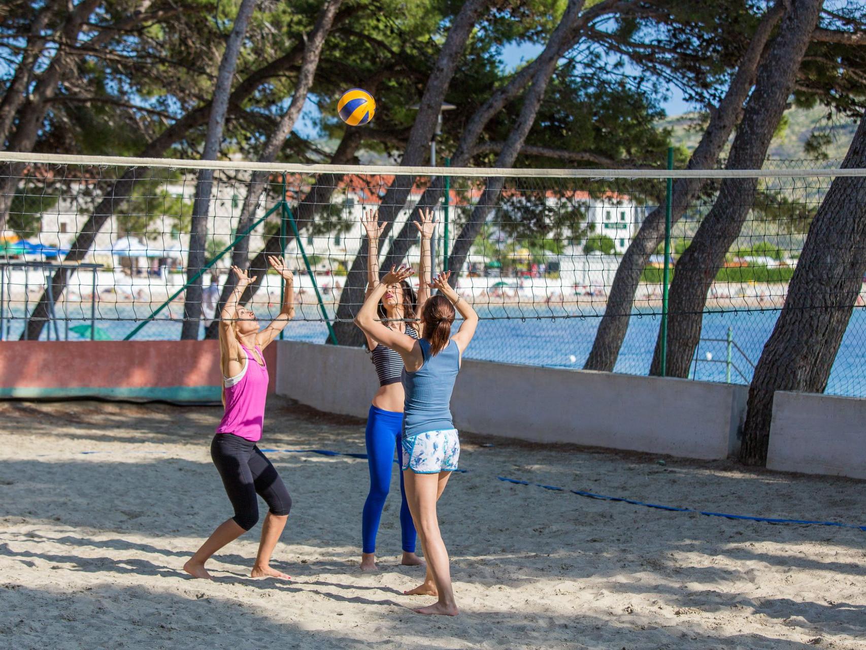 volleyball 02 14825478682 o uai - Zora Hotel