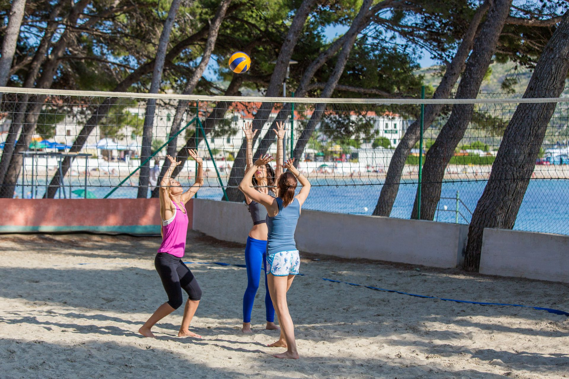 volleyball 02 14825478682 o - Zora Hotel