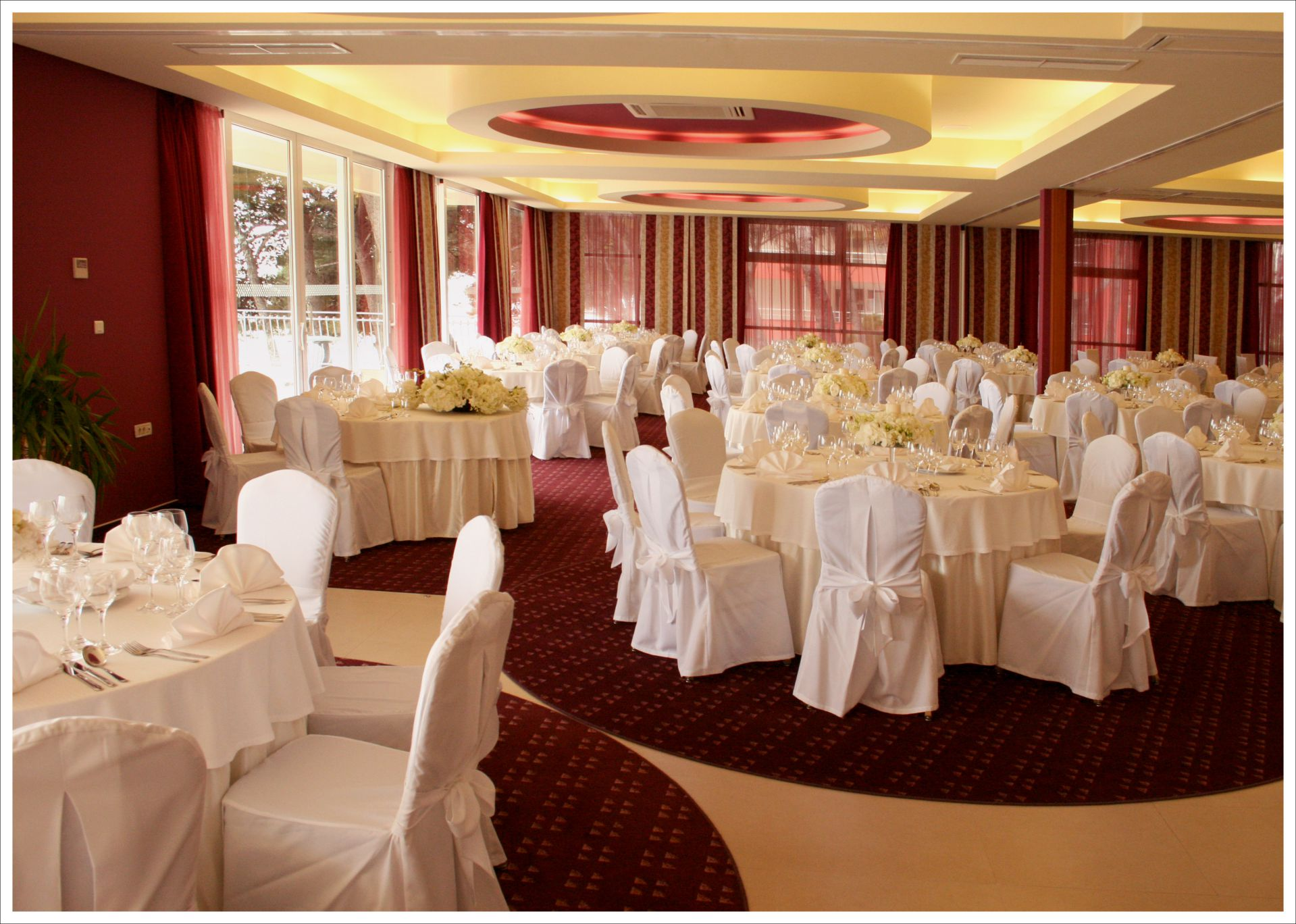 wedding congress center 14 14823223751 o - Zora Hotel