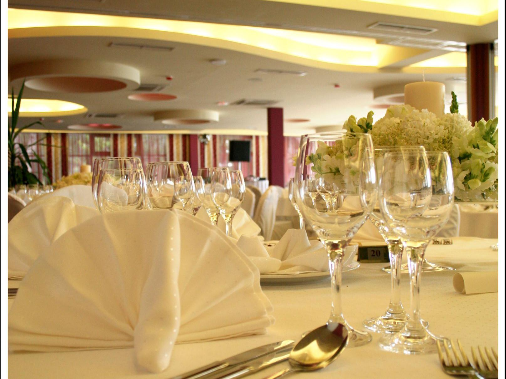 wedding congress center 18 14823218881 o uai - Zora Hotel