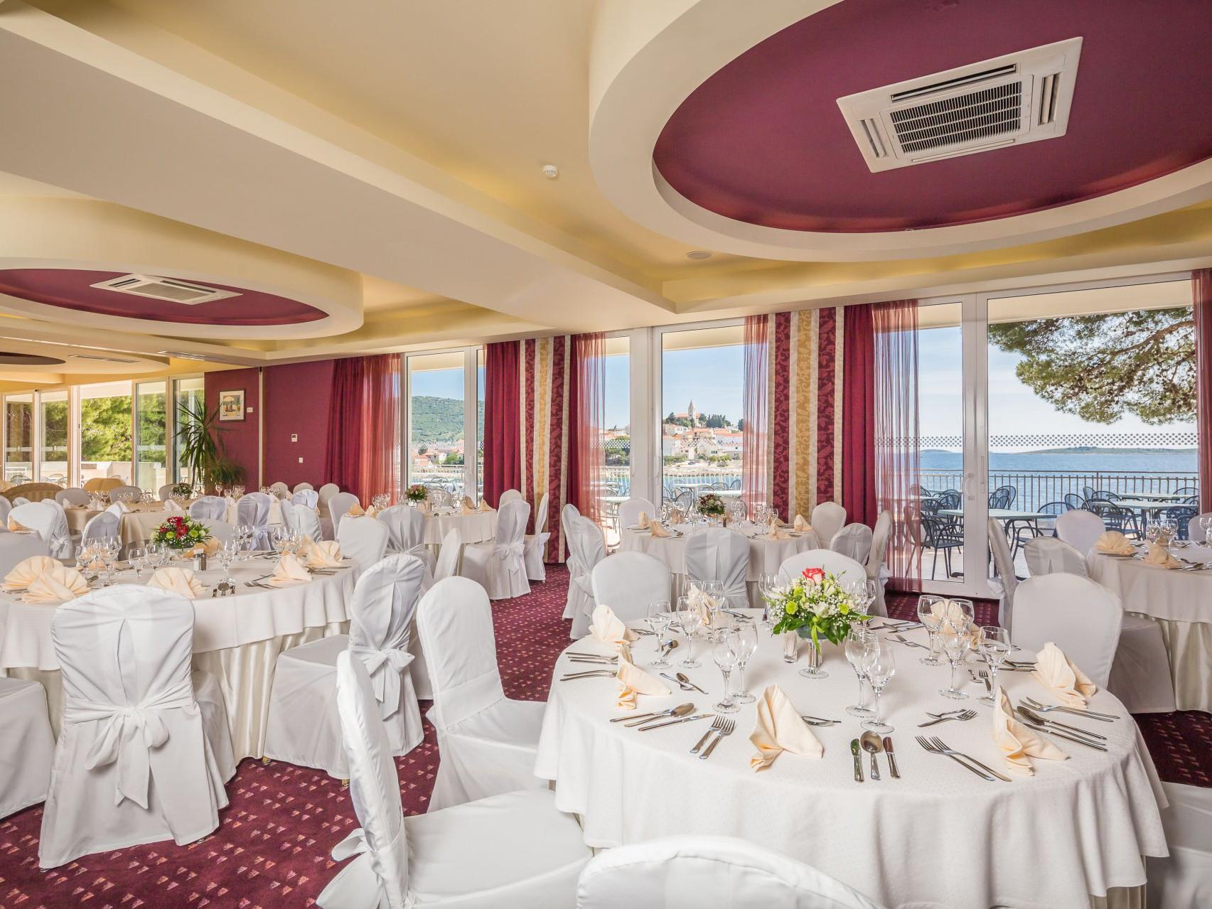 wedding congress center 2 14846167763 o uai - Zora Hotel