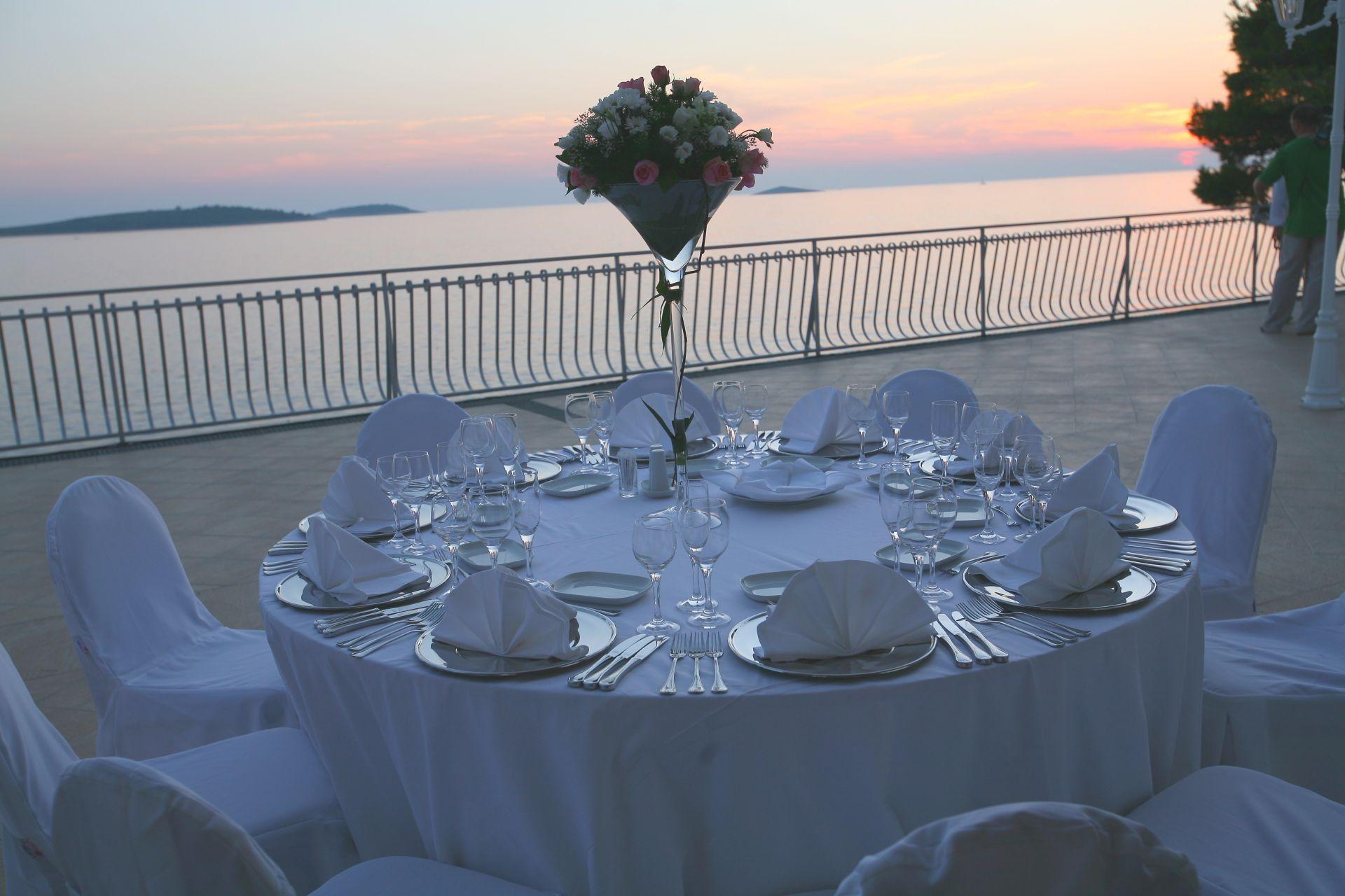 wedding piano bar 03 14639645979 o - Zora Hotel