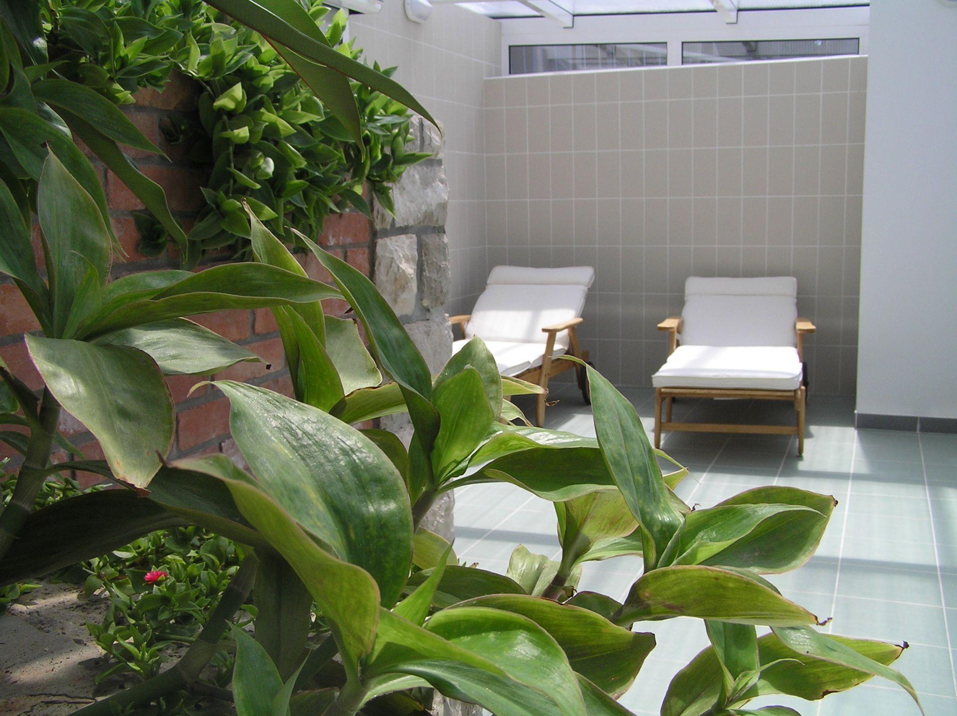 wellness 01 14639210388 o - Zora Hotel